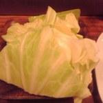 関西の味 串カツ マハカラ - ざく切りキャベツ