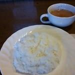 モーモー亭 - ご飯とスープ