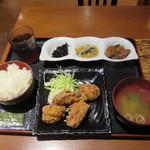 和旬惣菜 らぱす - 鳥のつけ込み唐揚げ(750円)
