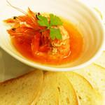 南インドの味 カレーリーフ - 「ソフトシェルシュリンプ プチバゲット添え」¥950エビの旨味のスパイスオイルをお楽しみ下さい