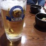 鳥八 - 巣鴨1うまひ生ビール 650円一口飲んだあと
