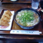 2549392 - 肉うどん+稲荷(¥650)