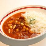 スリスリ カリーカフェ - 4種類のイタリア産豆の入ったチリトマトカリー