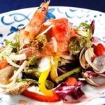 博多 Tacosバル ばぶばぶ - シ-フードサラダ