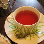 ラ・ヴァチュール - 紅茶 420円