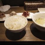 25493528 - 昼の定食(2000円)