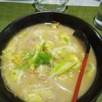 ラーメンせいざん - 料理写真:春キャベツラーメン