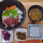 報徳庵 - 海鮮丼