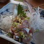 食事処 たなか - 料理写真:700円『あじの生き造り』 (2014.2時点)