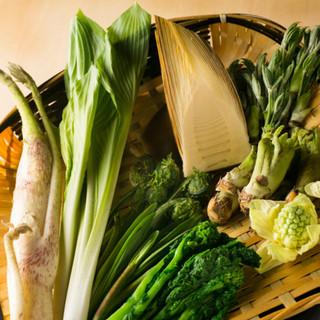 地元でとれた四季折々の食材を存分に堪能できるお店