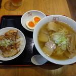 25517160 - 炙り焼豚ご飯セット