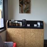 グッドラックコーヒー - お子様用椅子もある