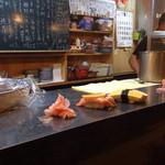 丸八寿司 - 炙りサーモン、たまご