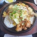 お菜さと味 - 鶏ちゃん定食(鶏ちゃん)