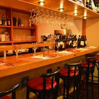 ◆グラスワイン片手に、イタリアの郷土料理をお楽しみください。