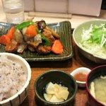 大戸屋 - 鶏と野菜の黒酢あん定食790円
