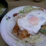 龍ちゃん - 中華風親子丼♪めっちゃ安い。小ラーメン付き
