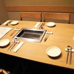 力飯店 - 天神と中洲の中間地点にあり、個室もあって、 オトナ系デートや接待・同伴にも使えるオシャレなお店です。