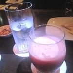 Bar 織田 - 苺のフルーツカクテル