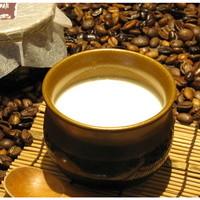 六古窯 - 『白い珈琲ぷりん』 白いのに珈琲の香りのする不思議なデザート