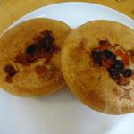 薪焼きパン 小麦堂 - カマンベールチーズ 200円