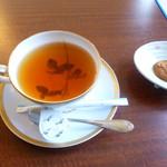 茶処 ばら - ダージリン(クッキー付)