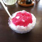 おぷゆう食堂 - カキ氷イチゴ味(250円)