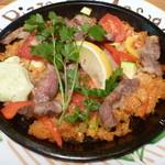 CafeBar Luz - スペイン産イベリコ豚とトマトのパエリア