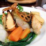 グリル リンドー - 黒鯛のポワレ、焼き竹の子添え