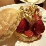 和民 - マスカルポーネのいちごパイ