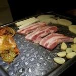 韓国家庭料理 韓菜 - サンギョプサルセット