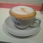 珈琲豆林(コーヒードリーム) - カプチーノ(R(380円))をいただいた。