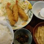 25576282 - エビフライ定食:550円