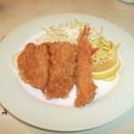 レストラン神谷 - Cランチ(海老・帆立・白身のミックスフライ)