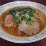 ラーメン夏目 - 料理写真:ラーメン500円