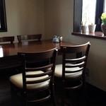 さくら - 落ち着いたテーブル席6席