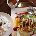 Hana - 料理写真:ハーブチキンのガーデン風