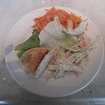 ソラーレ - 前菜サラダブッフェとパン