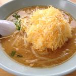 くるまやラーメン - 料理写真:チーズみそラーメン