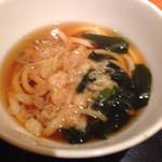 25591629 - 三色丼(ミニうどん付) ¥850 のミニうどん