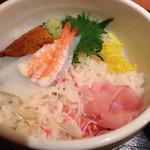 25591631 - 三色丼(ミニうどん付) ¥850 の三色丼