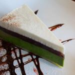 25594850 - 抹茶のチーズケーキ
