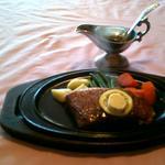 ステーキ 東洋館 - チャンピオン米沢牛のロースステーキ200g(8400円)