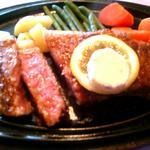 ステーキ 東洋館 - ミディアムレアでお願いしました!
