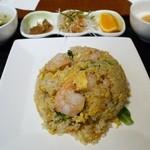 25598438 - 海老の葱塩炒飯セット 950円。
