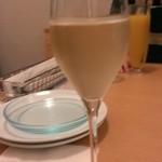 25599819 - スパークリングワイン¥600