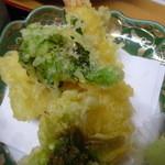 杏泉閣 - 天ぷら