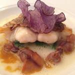 キュイジーヌ・フランセーズ・ラ・カーサ - ホタルイカと鯛のジャガイモのスープソテー