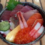 魚料理 大正 - ちらし丼1000円‼