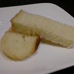 25609608 - 自家製パン